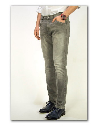 Wrangler BOSTIN Grey Light Slim Tapered
