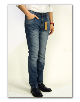 Wrangler Greensboro BLUE FLAX Modern Straight