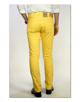 Wrangler LARSTON Daffodil Yellow Slim Tapered
